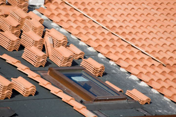 clay roofing tiles 1